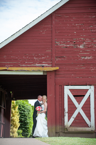 {Laura + Brian} Langdon Farms; Portland, Or Wedding Photography
