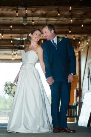 {Holly + Jeff} Vandevert Ranch, Sunriver Oregon Wedding Photography