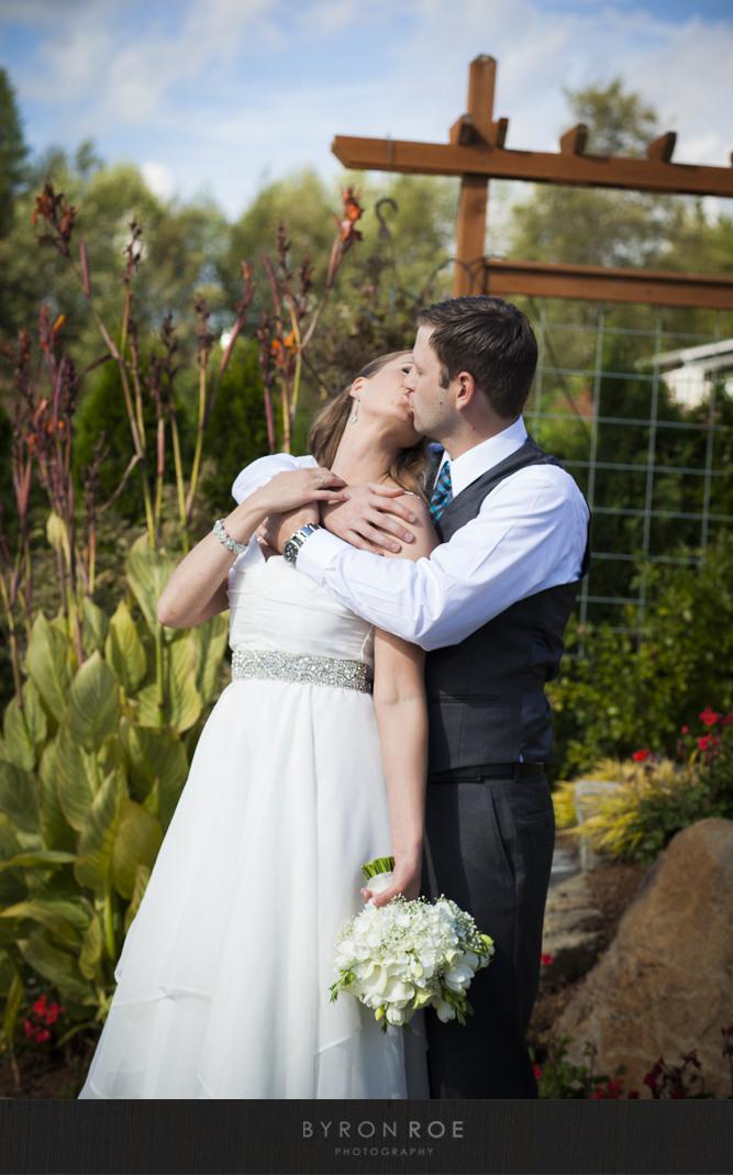 Lisa Justin Winding Path Gardens Wedding Photography