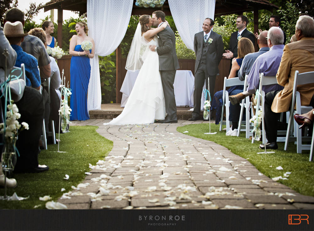 windingpathgardens-wedding-photography-arlington-wa-lisajustin-ByronRoePhotography-55
